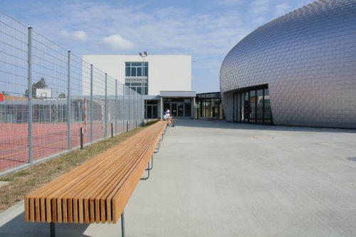 Hala sportowa - ławki