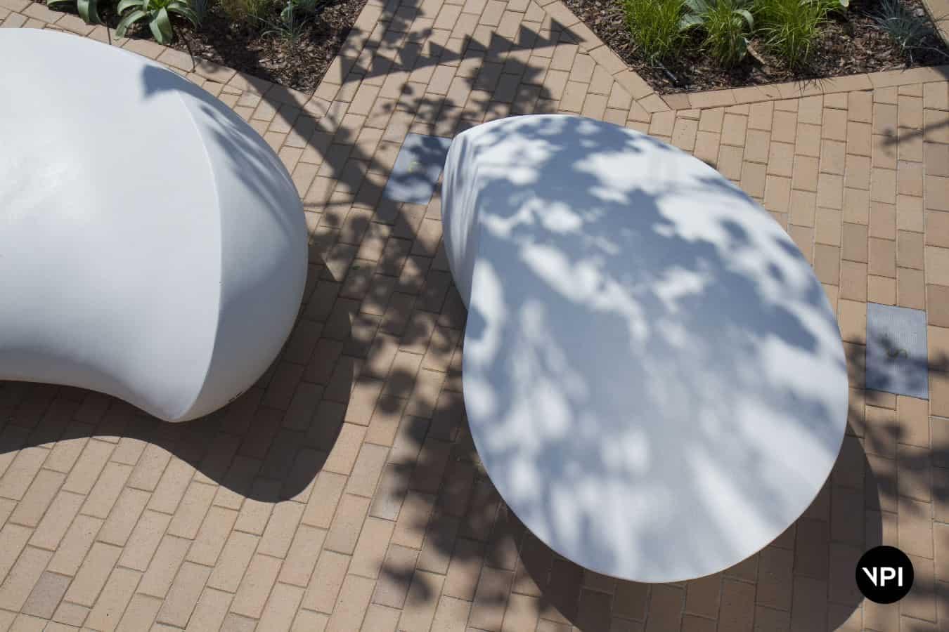 ławka w kształcie kamienia Kavics 13