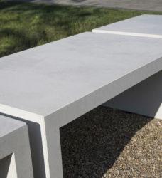 ławka betonowa LINER 4