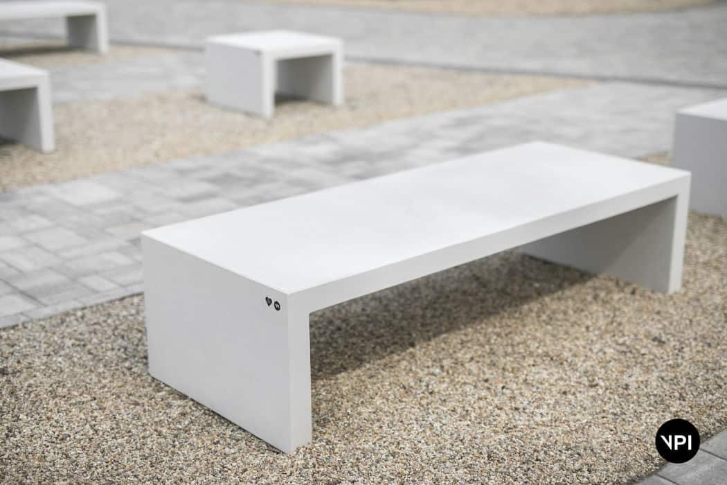 ławka betonowa LINER 8