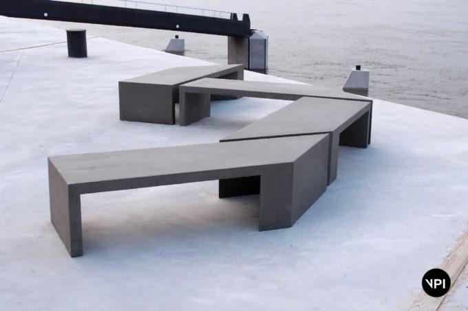 ławka betonowa Zigza