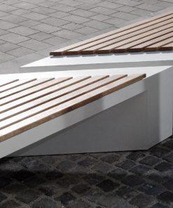 ławka betonowa Zigza Wood
