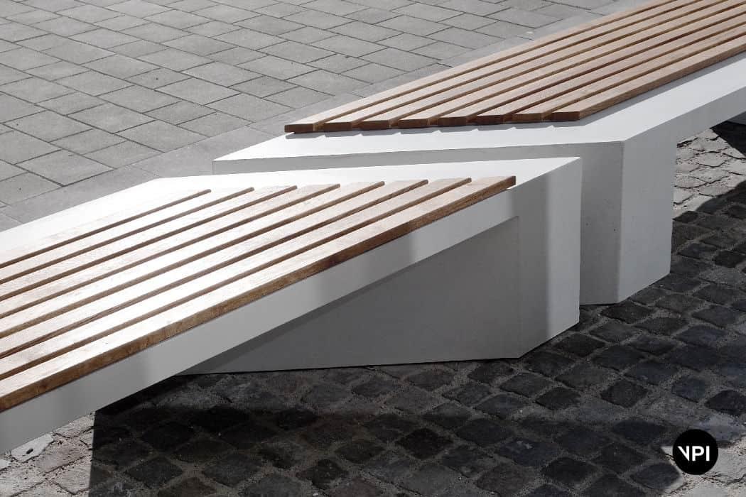 ławka uliczna z siedziskiem drewnianym Zigza Wood 2