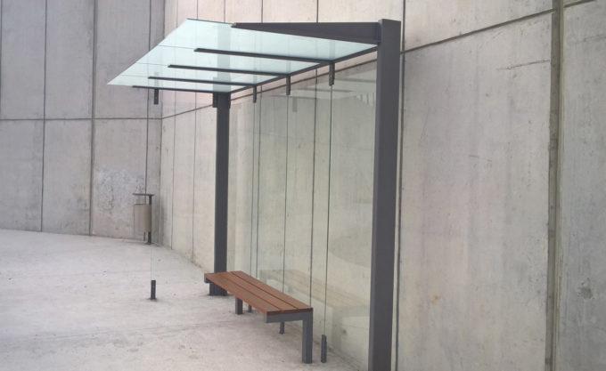 wiata szklana o nowoczesny designie