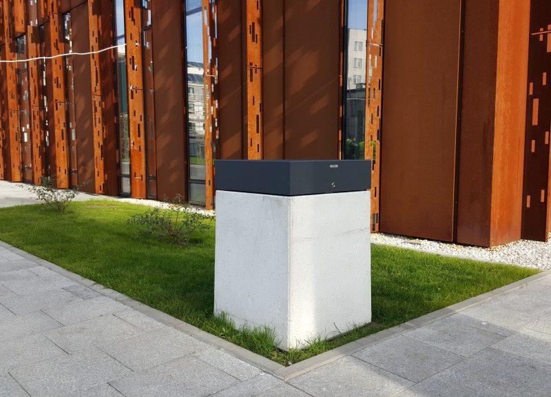 kosze na śmieci CSR Uniwersytetu Medycznego w Warszawie