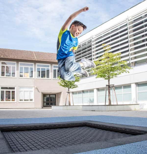 trampolina gruntowa